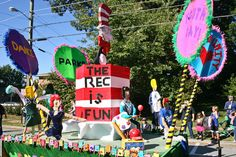 Youth Day Parade Wows Crowds in Roswell Saturday - Roswell, GA Patch - 62nd Annual Parade is 10/13/2012, starting at 10 am.