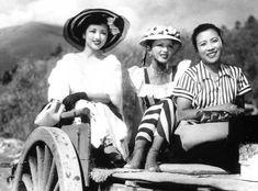 1951 『カルメン故郷に帰る』高峰秀子、小林トシ子、望月優子