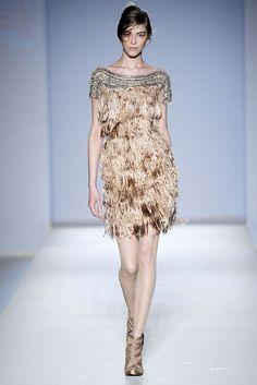 Alberta Ferretti Fall 2010 Ready-to-Wear - Collection - Gallery - Style.com