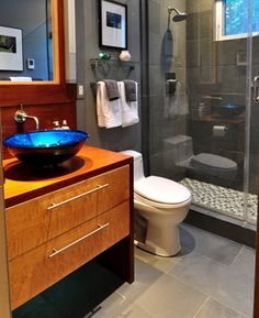 Modern Bathroom Design In Kerala  Ideas 20172018  Pinterest Mesmerizing 40 Sq Ft Bathroom Design Design Inspiration