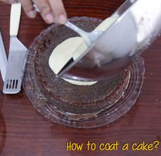 Homemade Bites: How to coat a cake?