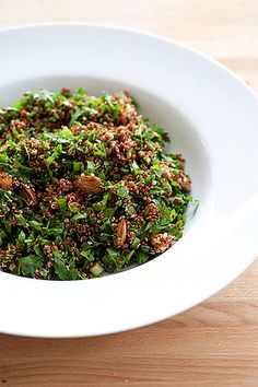 Quinoa Tabbouleh: We are in love with this quinoa tabbouleh; the parsley and lemon add a sharp, fresh taste to the natural nuttiness of the quinoa. Added bonus: you only need five ingredients to make it!  Source: Flickr User jules: stonesoup