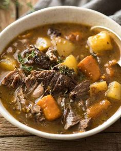 slow cooker Beef Pot Roast in a rustic bowl, ready to be eaten Slow Cooker Roast Beef, Cooking Roast Beef, Beef Pot Roast, Slow Cooked Beef, Slow Cooking, Cooking Light, Easy Roast Beef Recipe, Roast Beef Recipes, Soup Recipes