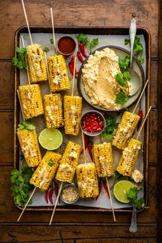 Grilled Corn with Whipped Miso Lime Butter. Corn i., How to Become a Gourmet Corn Recipes, Indian Food Recipes, Recipies, Party Food Platters, Good Food, Yummy Food, Snacks Für Party, Food Presentation, Vegetarian Recipes