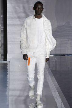 John Elliottunveiled its Spring/Summer 2017collectionduring New York Fashion Week: Men's.