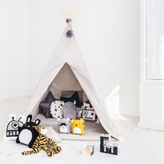 Looking to redecorate your children's bedroom? Then you can miss this e-shop http://petitandsmall.com/new-bobby-rabbit-introducing-winter-2016/ #kidsroom