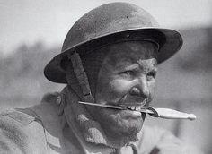 Fairbairn-Sykes dagger, Commando training