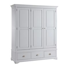 New England Light Grey 3 Door Wardrobe with Drawer including free delivery Wardrobe Drawers, Wooden Wardrobe, Bedroom Furniture, Bedroom Decor, Bedroom Ideas, Triple Wardrobe, Large Wardrobes, Houses In France, Grey Oak