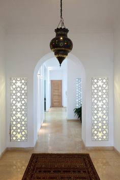Tel Aviv architect Ron Fleisher has designed a house in an Israeli-Arab village that combines traditional Palestinian and Islamic architecture with. Modern Moroccan, Moroccan Design, Moroccan Decor, Moroccan Kitchen, Moroccan Style, Moroccan Bedroom, Moroccan Lanterns, Dream Home Design, Home Interior Design