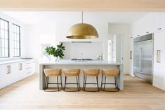 Light and Bright – Greige Design