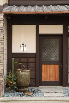 Le plus à jour Instantanés Style Architectural japonais Suggestions Japanese Modern House, Japanese Minimalism, Traditional Japanese House, Japanese Interior Design, Home Interior Design, Japanese Homes, Architecture Du Japon, Cabinet D Architecture, Minimalist Architecture