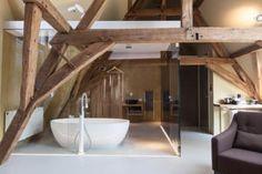 Das La Suite befindet sich in der mittelalterlichen Stadt Brügge, nur 750 m vom historischen Marktplatz mit dem Glockenturm entfernt.