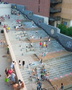 ideas for stairs architecture public water features Water Architecture, Architecture Design, Architecture Diagrams, Architecture Portfolio, Stairs Architecture, Urban Landscape, Landscape Design, Design Poster, Urban Furniture