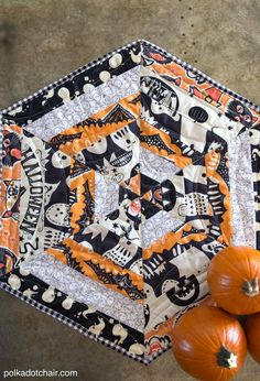 Haunted Halloween Table Topper Tutorial | Get a head start on the holidays with this Halloween tutorial!