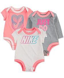 Nike Baby Girls Cotton Logo Bodysuits In Light Pastel Pink Baby Girl Nike, Cute Baby Girl, Nike Baby Clothes, Babies Clothes, Babies Stuff, Kid Stuff, Baby Jordans, Cotton Logo, Baby Boy Outfits