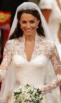 kate middleton gelinlik modeli1 Kate Middletonnun Gelinliği