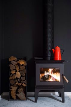 Wood Stove (against a dark wall) Stove Fireplace, Fireplace Design, Black Fireplace, Fireplace Ideas, Freestanding Fireplace, Freestanding Stoves, Log Burner, Wood Storage, Home And Living