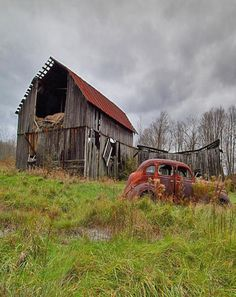 Barn Old Car