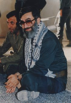 follow us on www.facebook.com/ImamKhamenei.EN ! Real Hero, My Hero, Supreme Leader Of Iran, Imam Hussain Wallpapers, Qasem Soleimani, Coran Islam, Flower Phone Wallpaper, Iranian Art, Islamic Pictures