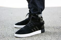 huge discount be2c5 7ad68 Collection Homme Adidas chaussures Tubular Invader Strap 750-core  Noir-vintage blanc-S