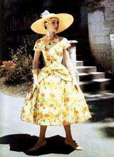 Audrey Hepburn in Funny Face (1957, dir. Stanley Donen) (via)