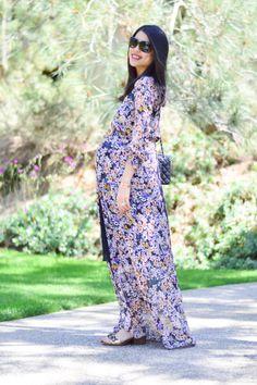 Floral Maxi #maternitystyle wwwthefashionpledge.com