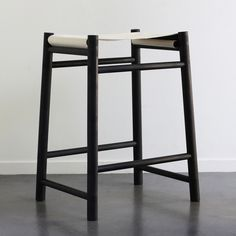 Amazing Alice Tacheny is the designer behind this AVOCET STOOL. Comes with various sling seats and stool frame.