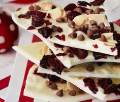 Christmas Cranberry and Almond Bark: A beautiful, crisp and textural treat to have with coffee - makes a great home made gift idea too!. http://www.bakers-corner.com.au/recipes/desserts/chocolate/christmas-cranberry-and-almond-bark/