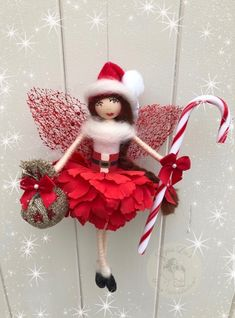 Christmas Fairy, Christmas Crafts, Christmas Decorations, Christmas Ornaments, Holiday Decor, Pine Cone Crafts, Flower Fairies, Fairy Dolls, Pine Cones