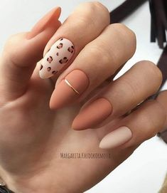 2019 Stunning Leopard Print & Snakeskin Pattern Nails Art Ideas - Page 4 of 4 - Vida Joven Eplore creative and beautiful nail art & nail designs to inspire your next manicure. Try these fashionable nail ideas and share them with us at Nails Inc, Aycrlic Nails, Hot Nails, Nude Nails, Matte Nails, Pink Nails, Leopard Print Nails, Glitter Nails, Leopard Nail Art