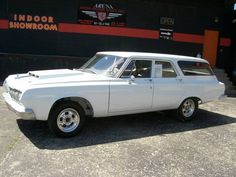 Blog War: This 1964 Plymouth Savoy Wagon Has a Cross Rammed Big Block, Push Button Drive, And Radio Delete