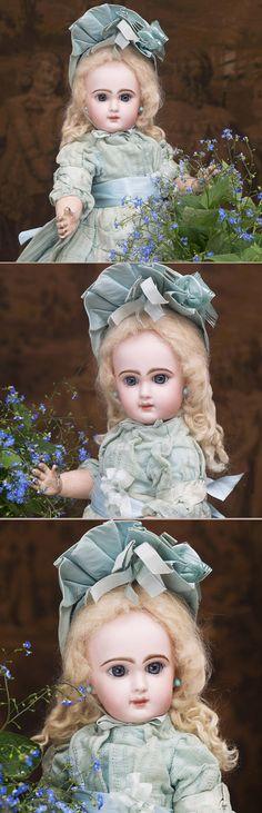 44 см Кукла bebe Jumeau с закрытым ртом, в оригинальном костюме - на сайте антикварных кукол.
