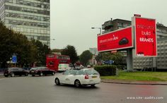 Looking at #FieldForce #OOHLibrary images again today & always impressed with @Primesight #ElephantCastle GR8 #DOOH