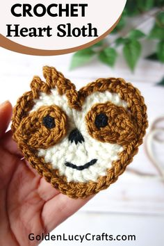 Learn how to crochet Sloth applique, cute heart-shaped sloth, free crochet pattern, Valentine's Day, crochet applique, patch, card making, crochet craft, embellishment Crochet Sloth, Crochet Eyes, Thread Crochet, Crochet Motif, Crochet Coaster, Doilies Crochet, Crochet Appliques, Crochet Stitches, Quick Crochet