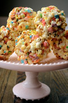 Fruity Pebble Popcorn Balls 1/4 c grapeseed oil 6 T orville redenbacher popcorn kernels (they really pop the best) 1/2 c sugar 1 c frutti pebbles 4 T butter 6 oz mini marshmallows 1 t vanilla extract method 1) add oil to a medium saucepan over medium-heat heat. add popcorn and shake to coat kernels with oil. when you begin to hear sizzling, ...