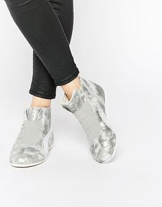 Puma Eskiva Mid Silver Sneakers