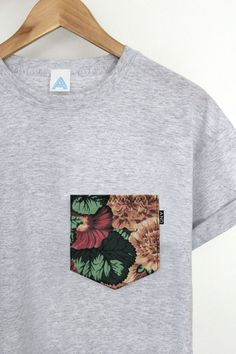 ANDCLOTHING — AND Floral Pocket Tee