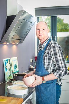 """Thuiskok Robert Tessenmaker   Keukenprins voedt hongerige stadsgenoten   """"Zwolle geeft me het gevoel thuis te zijn"""""""
