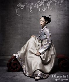 Hanbok, Korean Traditional Dress http://www.design.co.kr/section/news_detail.html?info_id=45135=000000050004