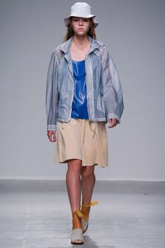 Christian Wijnants Spring 2015 Ready-to-Wear - Collection - Gallery - Style.com