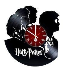Harry Potter Handmade Vinyl Record Wall Clock Fan Gift - VINYL CLOCKS Old Vinyl Records, Vinyl Record Clock, Record Wall, Disney Clock, Fancy Watches, Harry Potter Magic, How To Make Wall Clock, Wall Clock Design, Vinyl Gifts