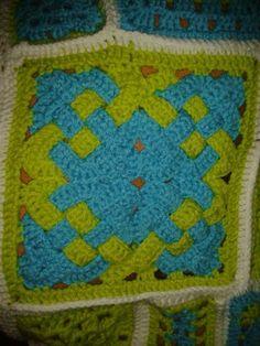 Celtic knot crochet Celtic Knot, Knots, Knit Crochet, Blanket, Knitting, Tricot, Breien, Celtic Knots, Ganchillo