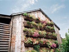 vertical gardening pockets from woollypocket.com