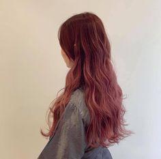 Pretty Hairstyles, Wig Hairstyles, Red Hair Inspo, Long Pink Hair, Ulzzang Hair, Tumbrl Girls, Aesthetic Hair, Ombre Hair, Hair Trends