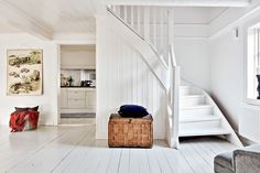 Parquet blanc / White flooring