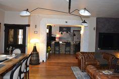 Aménagement d'espaces et décoration d'intérieur pour une maison d'Hôtes: Salle à manger de style de style eclectique par KREA Koncept