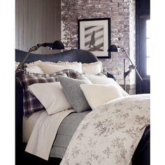 Ralph Lauren Hoxton Floral-Print Full/Queen Duvet Cover ($200) ❤ liked on Polyvore featuring home, bed & bath, bedding, duvet covers, cream ground, grey duvet, floral bedding, ivory duvet, ralph lauren bedding and ralph lauren