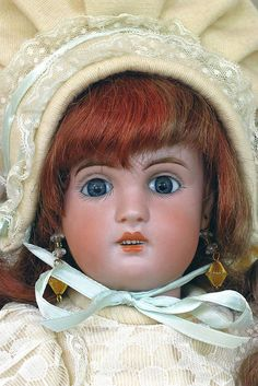 Bebe Jumeau/ I love the older Dolls