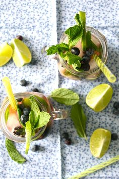 Blueberry Mojitos, yes please!!