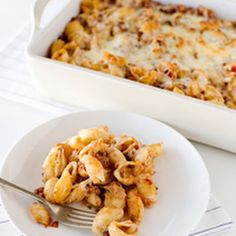 Baked Shells with Pesto, Mozzarella, and Meat Sauce